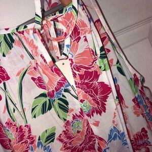 GAP Tops - NWT Floral Print Tank- Size Medium